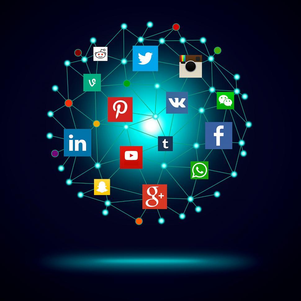 Social Media - Graphic