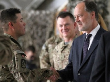 Military-to-Civilian-Advice-Soldier-Shaking-Hands-with-Civilian-Professional
