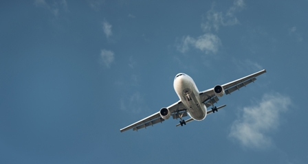 Business-Travel-Advice-Airplane-in-blue-sky.jpg